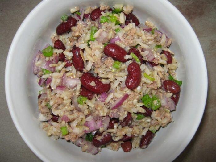 Ryż z tuńczykiem i czerwoną fasolą