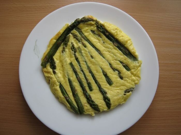 Frittata z zielonymi szparagami