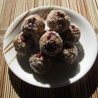 Pralinki daktylowo-kokosowe