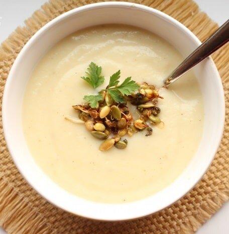 Krem z białych warzyw korzeniowych - dieta w insulinooporności (IO) - przykładowy jadłospis