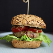 Domowy fastfood - Burger wołowy