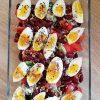 Sałatka z brokułem, fasolą konserwową i jajkami