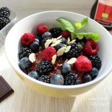 Risotto czekoladowe z owocami
