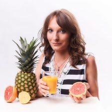 Świeże soki warzywne i owocowe – czy są zdrowe i czy warto je pić?
